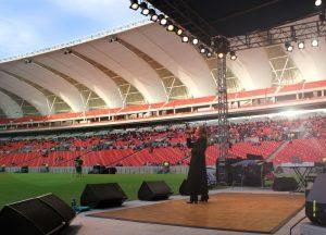21-dk-stadium_south_africa-singer-100-1
