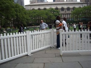9-signature_panel_picket-2-bryant_park_nyc
